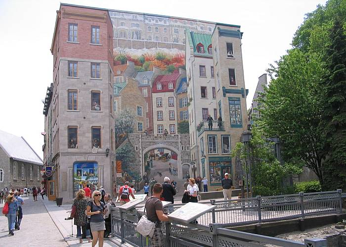 Quebec visit around the city for Mural quebec city